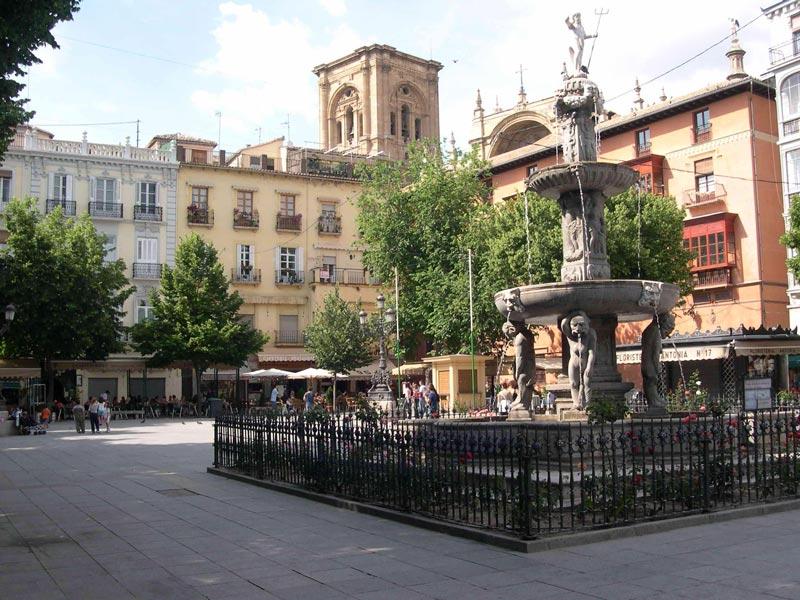 Guided tour of the Albaicin and Granada Center